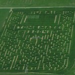 2004: Tom's Maze continues to remain the best independent corn maze in the country. 100% designed, created, and operated by Tom (of Tom's Maze), Tom's Maze remains one of the best values in the Dayton, OH area. The 'others' become concerned that Tom is getting all of the attention.